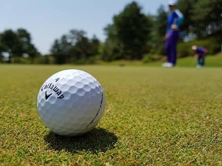 スポーツグッズ、ゴルフなど相手の趣味にあわせる