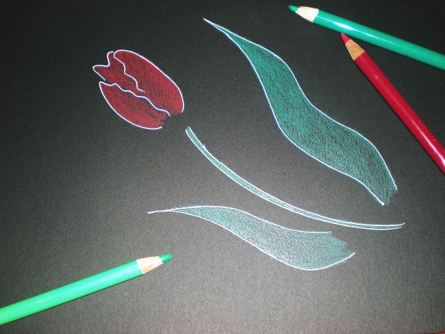 手書き文字やイラスト、写真を活用する
