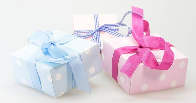 還暦のお祝いには何を贈る?