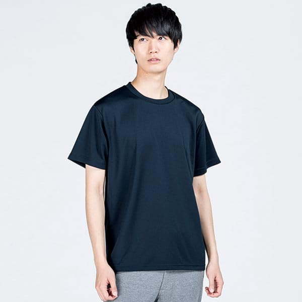 即日スポーツドライTシャツ ネイビーの着用写真