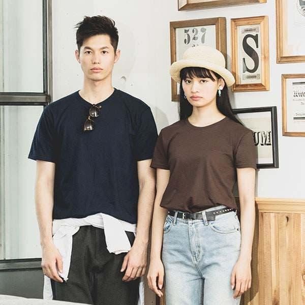 スリムTシャツの着用イメージ