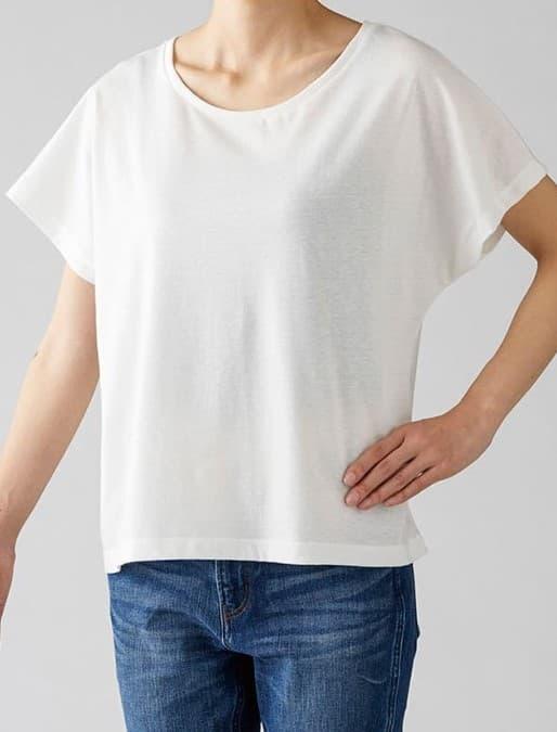 ウィメンズドルマンTシャツの着用イメージ