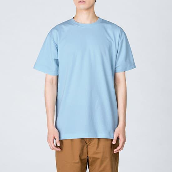 モデル:身長184cm、ライトブルー/Lサイズ着用