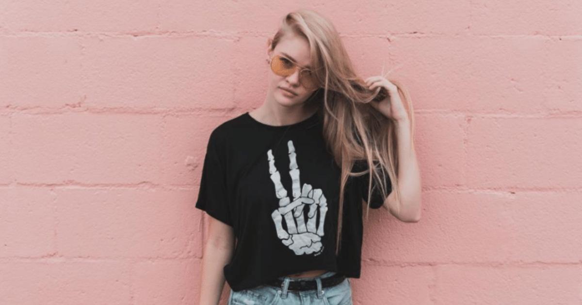 1枚で決まるデザインtシャツの魅力