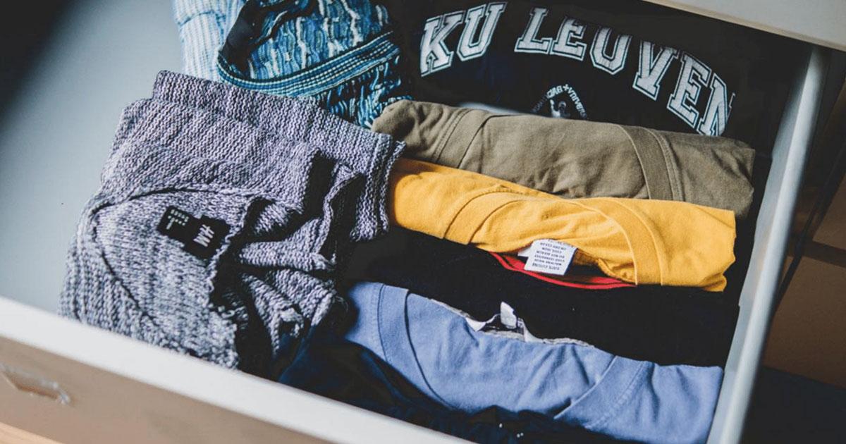 Tシャツにハンガーはもう古い? 「伸びない」、「跡がつかない」最新の収納術