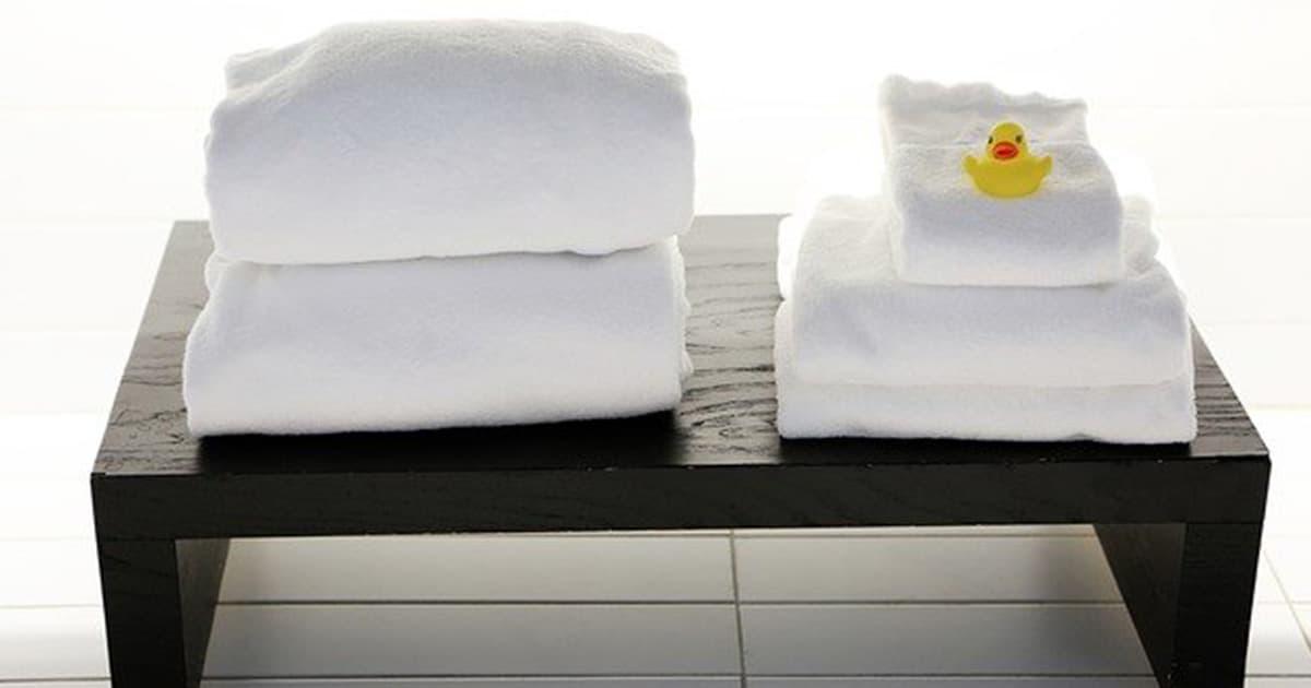 タオルの黄ばみには酸素系漂白剤!黄ばみの原因や予防法も紹介