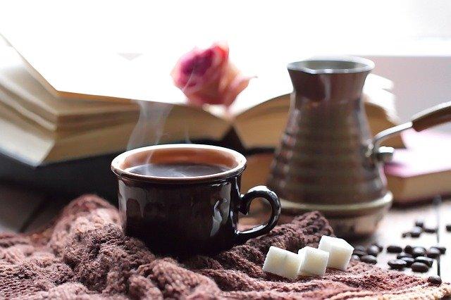 マグカップは保温できるものが便利な理由とオリジナル作成の方法