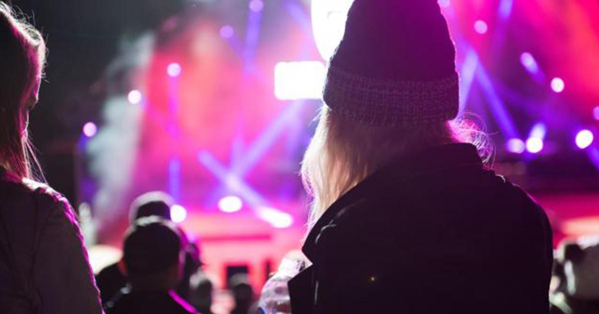 ライブに行くなら目立ちたい!気分も上がるおすすめコーデとは