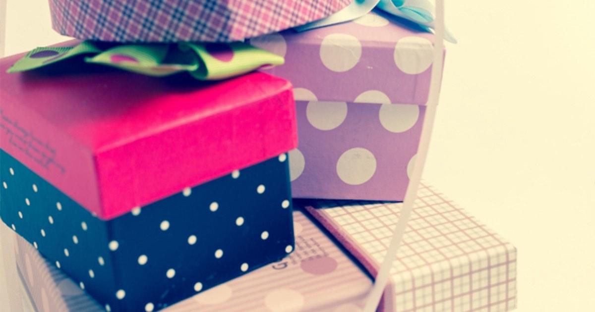 プレゼントを贈るなら印象に残りやすいアイテムを選ぼう!面白いプレゼントネタを紹介