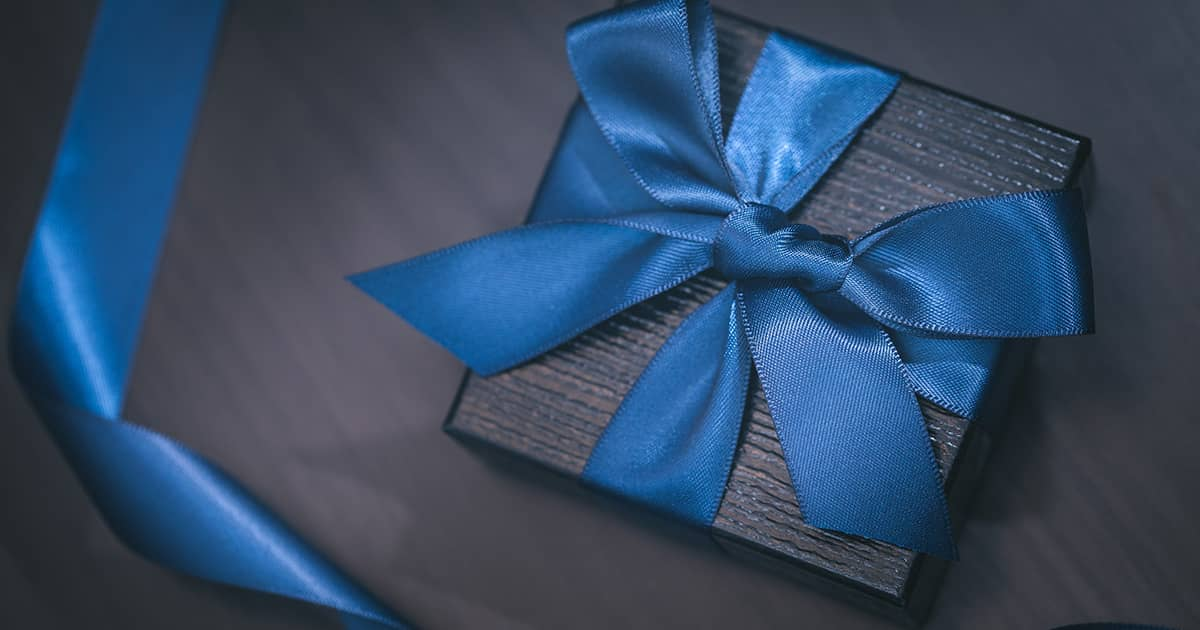 【退職祝いの贈り物】おすすめ5選!選び方のポイントも解説