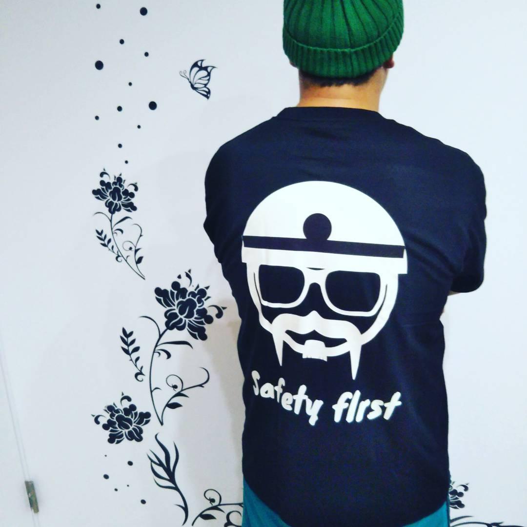 10代・女性・ヒロさんのオリジナルプリント作成事例丨オリジナルTシャツTMIX