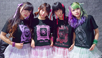 20代・女性・Chikaさんのオリジナルプリント作成事例丨オリジナルTシャツTMIX