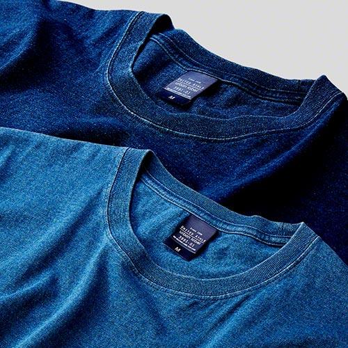 ポケット付インディゴTシャツの首周りと生地の質感