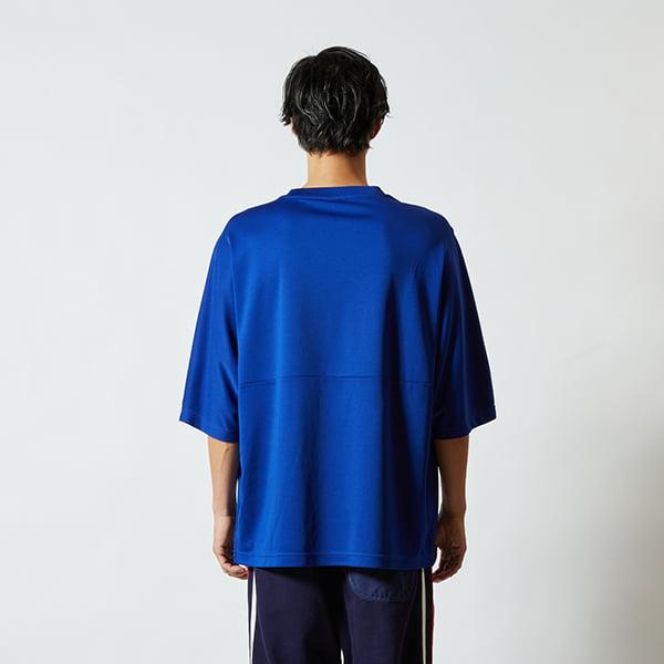 モデル身長182㎝/Lサイズ/マリンブルー着用/背面シルエット