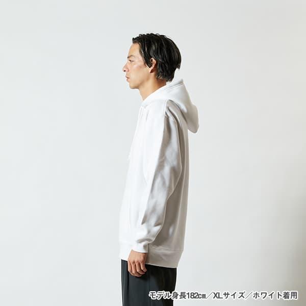 モデル身長182㎝/XLサイズ/ホワイト 着用/サイドシルエット