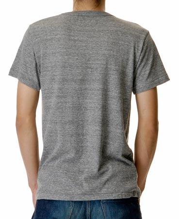 ライトトライブレンドTシャツの着用写真 後ろ