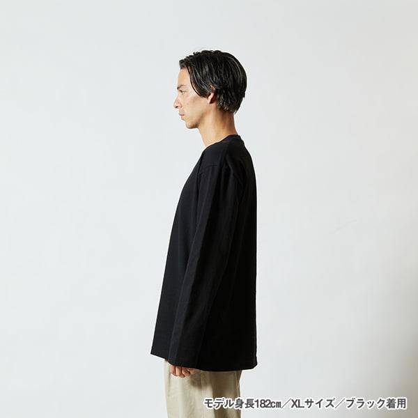モデル身長182㎝/XLサイズ/ブラック着用/サイドシルエット