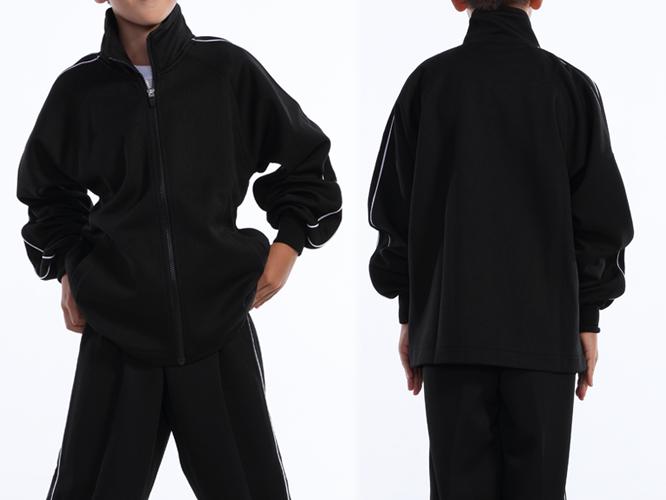 ブラック ジュニアサイズ着用 ※パンツは付属しておりません。