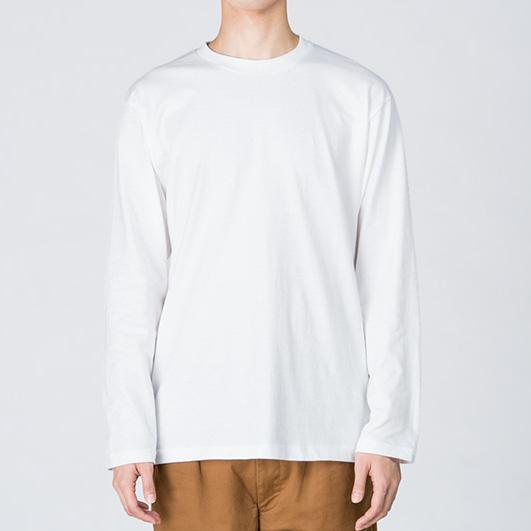 定番ロングTシャツの着用写真
