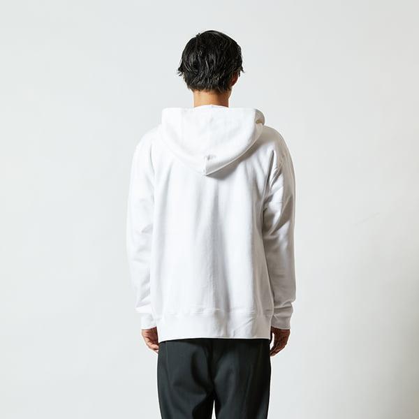モデル身長182㎝/XLサイズ/ホワイト着用/背面シルエット