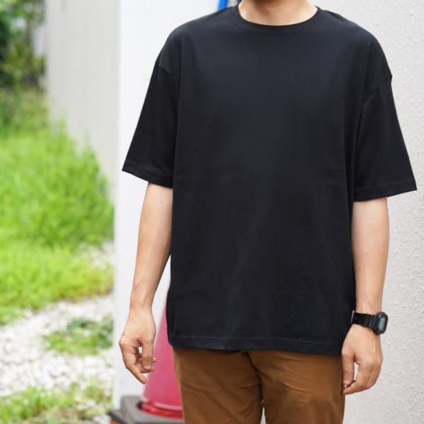 男性モデル 身長170cm / Mサイズ / ブラック