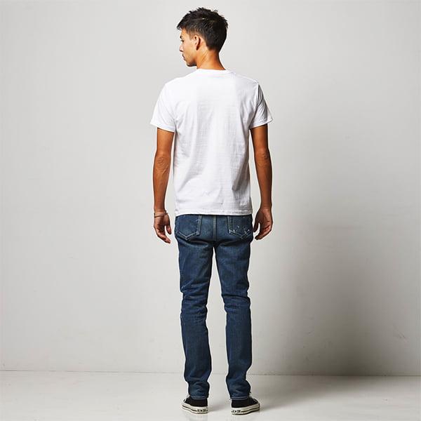 モデル身長182㎝/Mサイズ/ホワイト着用/背面シルエット