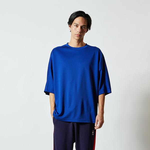 モデル身長182㎝/Lサイズ/マリンブルー着用/正面シルエット