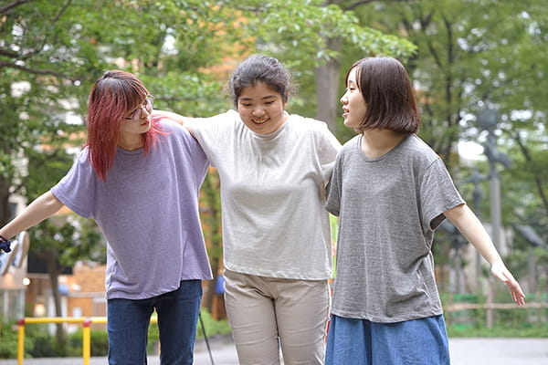 女性Mサイズ着用イメージ ヘザーパープル|オートミール|ヘザーグレー