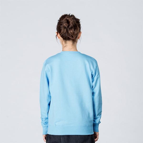 モデル身長161㎝/Sサイズ/ライトブルー着用/背面シルエット
