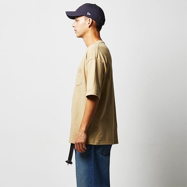 モデル身長182㎝/Lサイズ/サンドカーキ着用/サイドシルエット