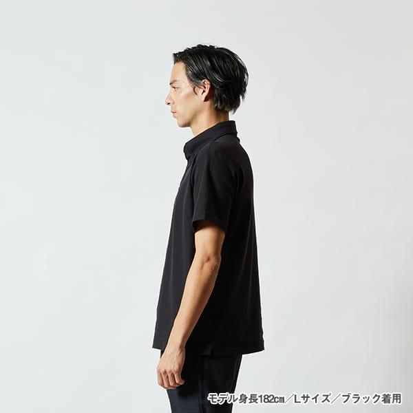 モデル身長182㎝/Lサイズ/ブラック 着用/サイドシルエット