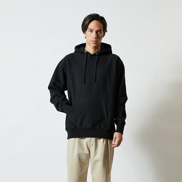 モデル身長182㎝/XLサイズ/ブラック着用