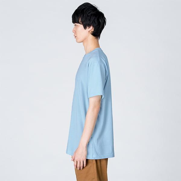 モデル身長184㎝/Lサイズ/ライトブルー着用/サイドシルエット