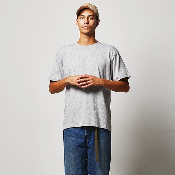 モデル身長182㎝/Lサイズ/ミックスグレー着用/正面シルエット