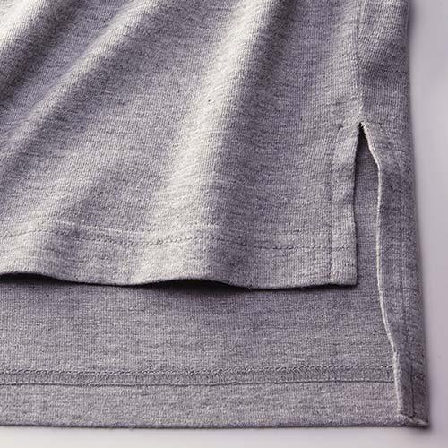 ロングレングスTシャツの裾(スリット)