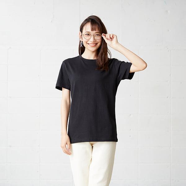 モデル身長163㎝/Sサイズ/ブラック着用/正面シルエット