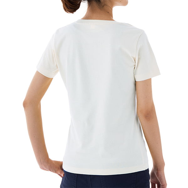 女性モデル身長163㎝/ホワイト着用/背面シルエット