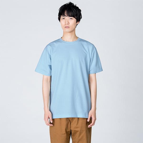 モデル身長184㎝/Lサイズ/ライトブルー着用/正面シルエット