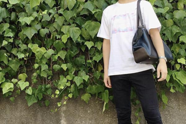 ハイクオリティTシャツの着用写真