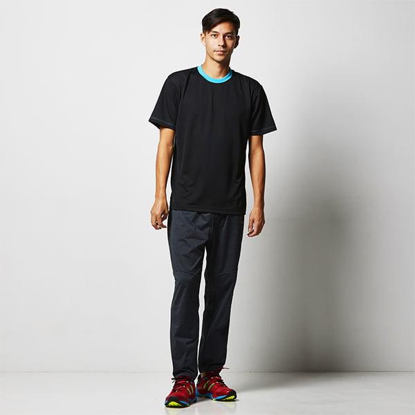 モデル身長182㎝/Lサイズ/ブラック-ターコイズブルー着用/正面シルエット