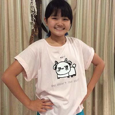 娘が描いた絵でオリジナルTシャツを作っていただきました。 とても可愛くできたので大満足!【40代・女性・Yami さん】
