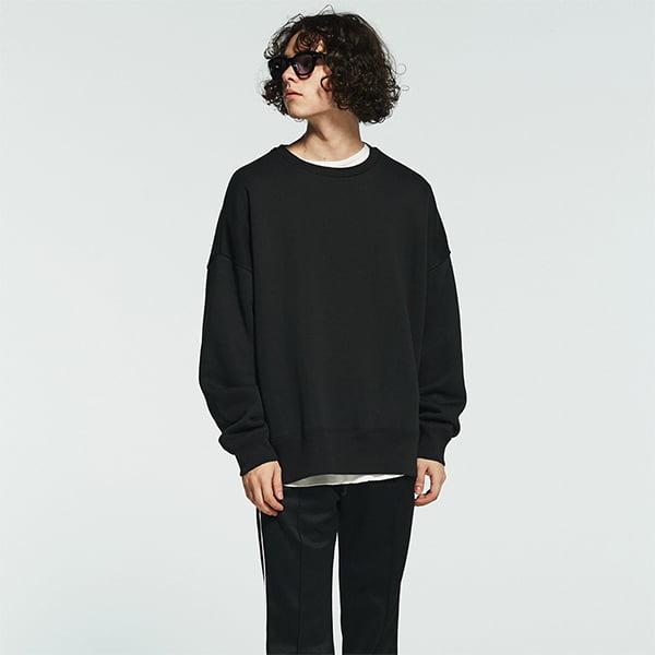 モデル身長175㎝/Lサイズ/ブラック着用
