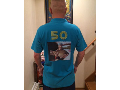 ライトドライポロシャツが在庫切れであったためライトポロシャツで作成しましたが、イメージ以上の出来で大満足。これを着てヘラブナ釣りにでかけたら大騒ぎになること間違いなしでしょう。 今度はライトドライポロシャツでボウリング用のシャツを作ってみようかな。【50代・男性・ブーちゃん さん】