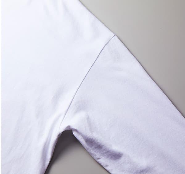 ビッグシルエットロングスリーブTシャツの脇