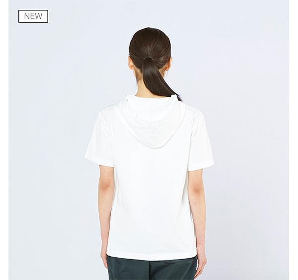 ヘビーウェイトフーディTシャツの着用背面_女性