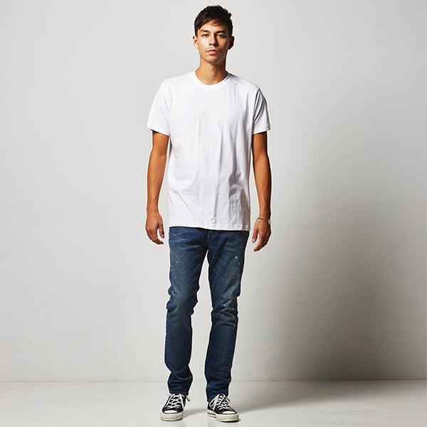 モデル身長182㎝/Lサイズ/ホワイト着用