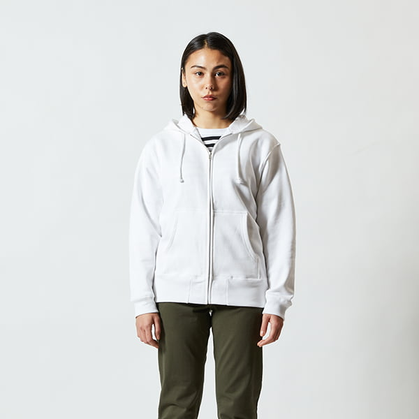 モデル身長160㎝/Sサイズ/ホワイト着用/正面シルエット