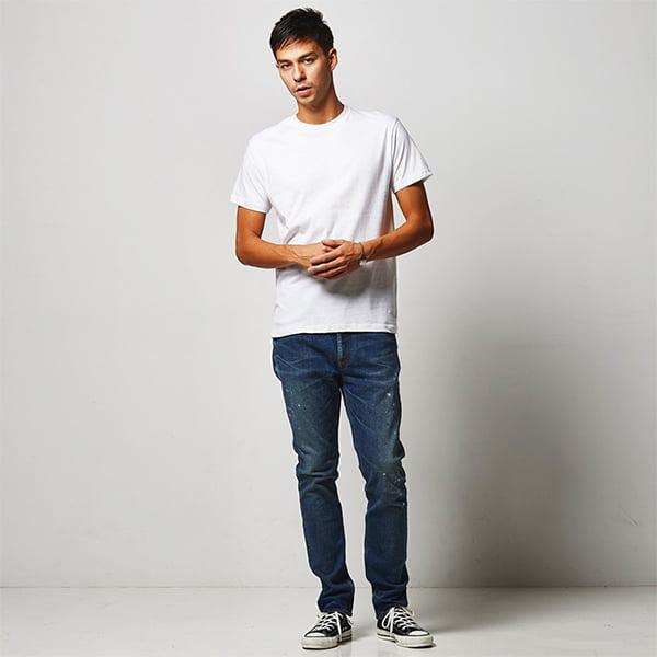 モデル身長182㎝/Mサイズ/ホワイト着用/正面シルエット