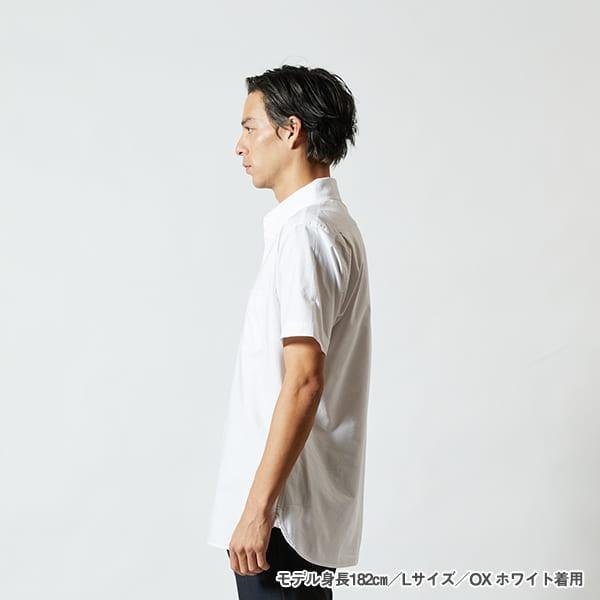 モデル身長182㎝/Lサイズ/OXホワイト 着用/サイドシルエット