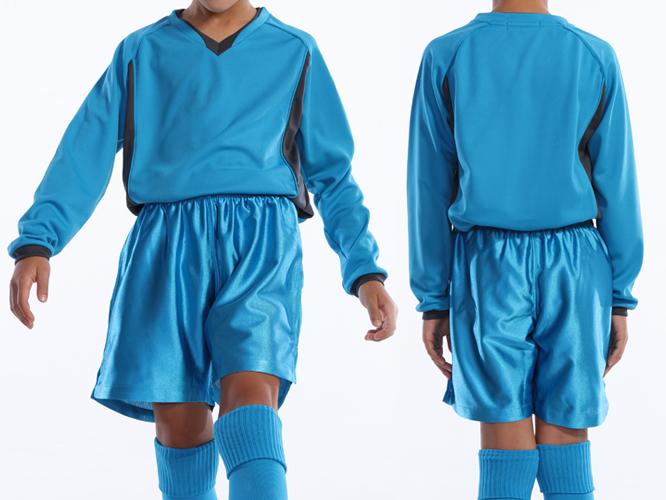 ターコイズ ジュニアサイズ着用 ※パンツ、ソックスは付属しておりません。